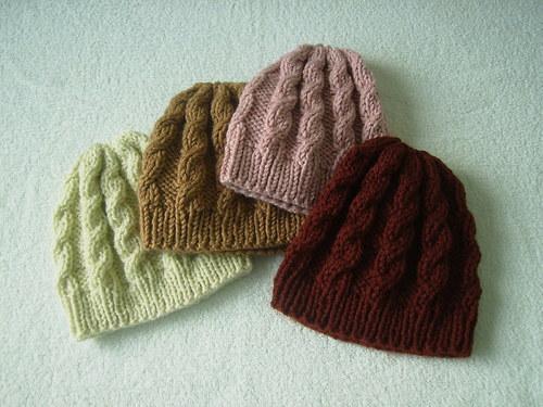Ručne pletená ČIAPKA