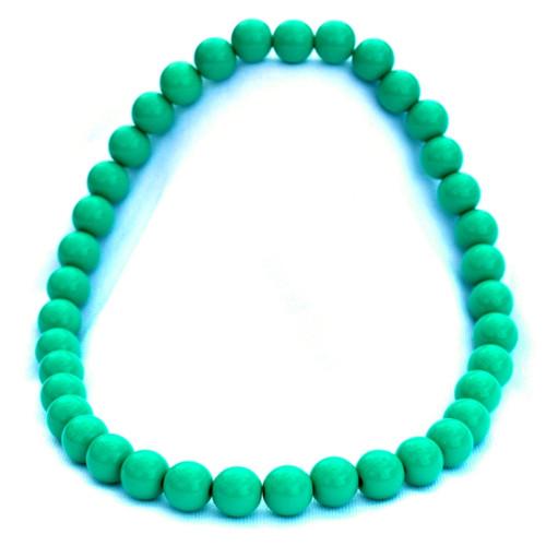 Smaragdově zelené střední korále na krk