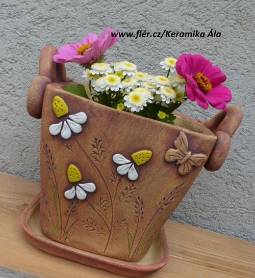 "Květináč,, Heřmánek a levandule\""  / ihned"