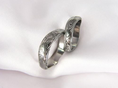 Pár snubních prstenů Lerondir Damascénský prsten