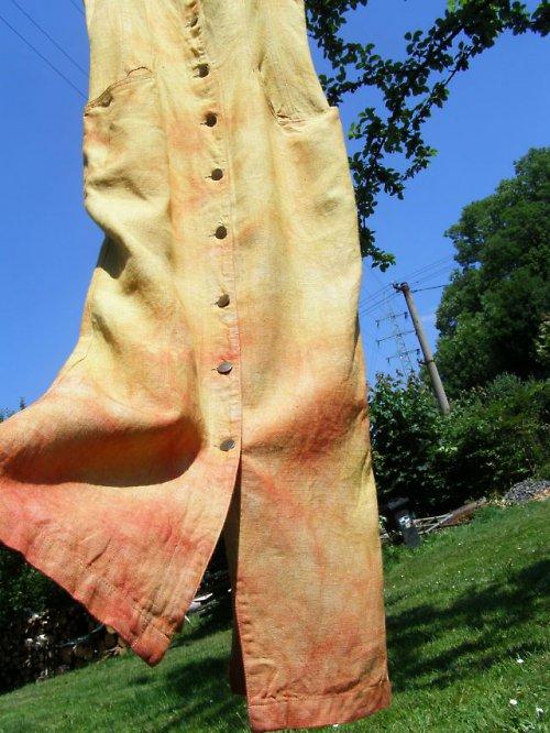dlouhé lněné batikované šaty bez rukávů