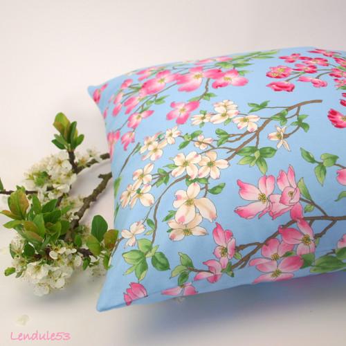 Povlak na polštářek - Rozkvetlé jaro v modrém