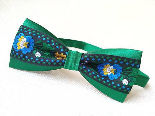 Slovak folklore bow tie (green/black)