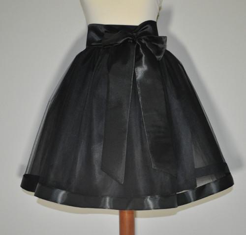 Saténový pásek černý- barva na přání