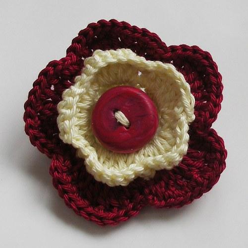 Květová brož - knoflíková