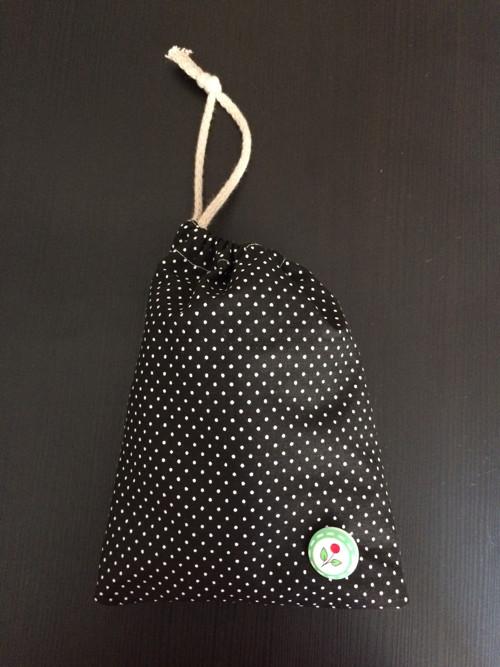 pytlajzík černý s puntíky