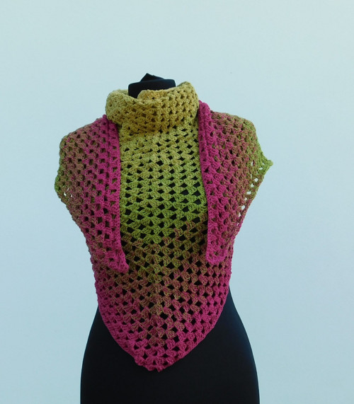 Háčkovaný šátek - žlutá duha