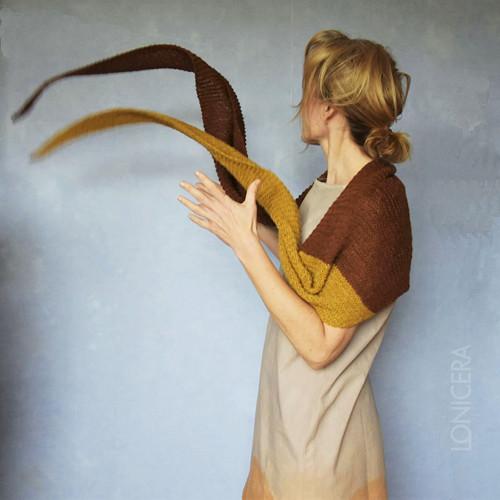 Rezavo: šátek s hořčicovým cípem