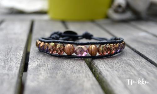 Z broušených korálků - fialovo-růžový