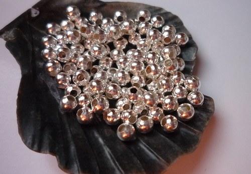 * kuličky stříbrné 50 ks, 3mm