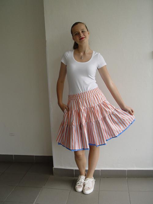 PO ŠPIČKÁCH- ukulele sukně