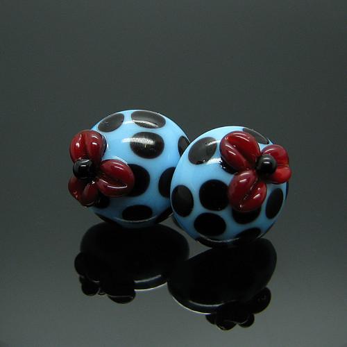 Náušnice s vinutkama Kvítky - modré