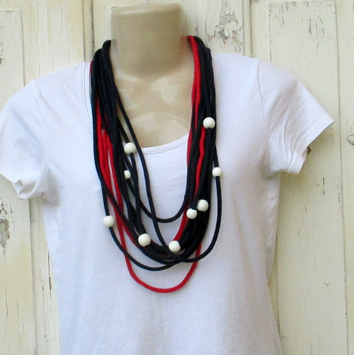 Hravá elegance - náhrdelník