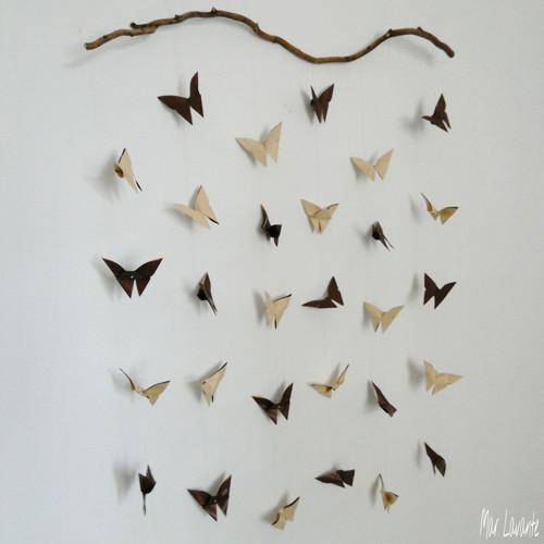 Dekorace papíroví motýlci latté a čokoláda