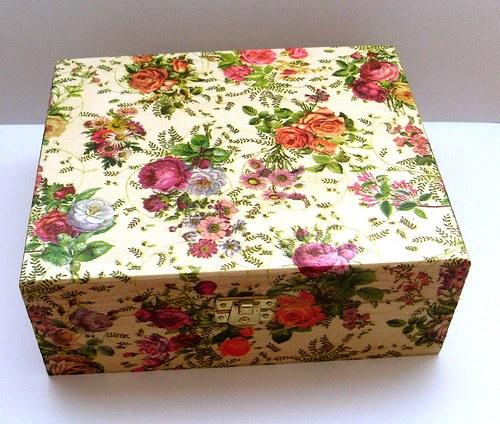krabička s růžemi na čaje 6 přihrádek