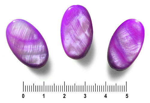 Perleťový oválek fialový, 16 x 25 mm, 1 ks