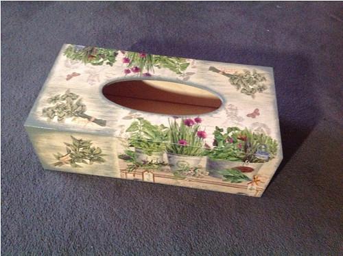 Krabička na kapesníky bylinková - zelená