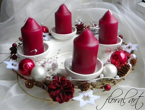 Adventní svícen keramický v luxusní bordó-bílé
