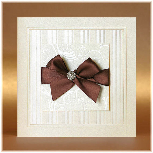 Svatební oznámení metalické s hnědou mašlí