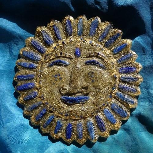 "\""Slunce Orientu\"" orgonit s lapisem lazuli a zlatem"