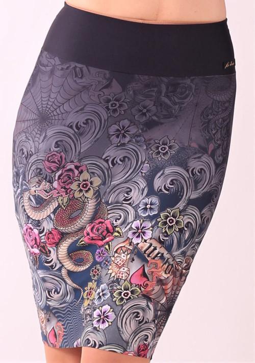 Pouzdrová   sukně se vzorem