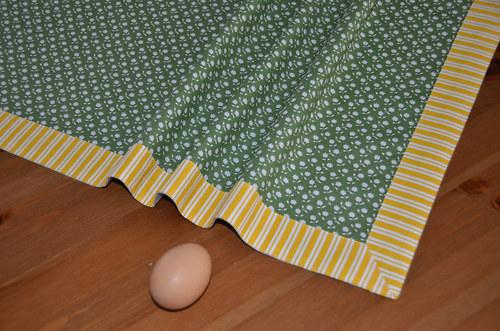 Zelený se žlutým pruhem 65x65 cm) SLEVA z 255,-