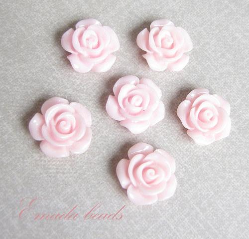 Resin květiny, kabošon růžová, 1,45 cm