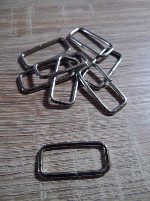 Kovový průvlek 3 cm/2 ks