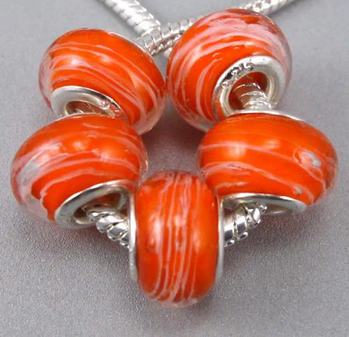 oranžový korálek vláskové skvrny