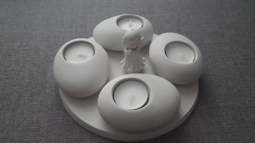 Přírodní kámen - svícen bílý
