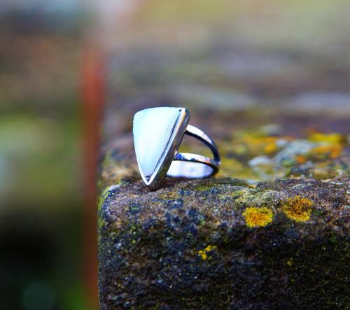 """Nerezový prsten...\"""" Blue triangel \"""""""