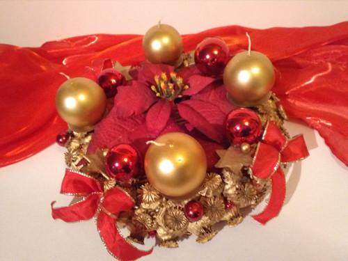 Adventní svícen - vánoční růže