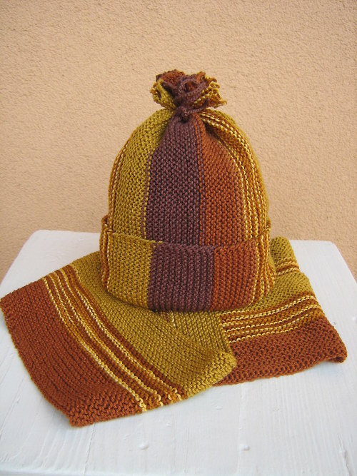 Zimní čepice a šála v barvách podzimu - sleva