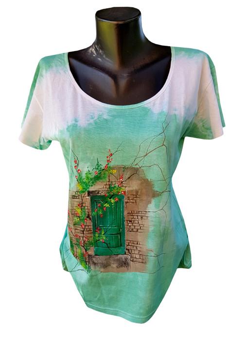 Zelené tričko se zátiším dvěří -ručně malované
