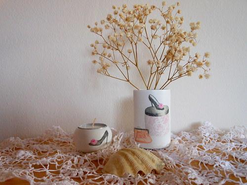 BOUTIQUE - vázička a svícínek na čajovou svíčku