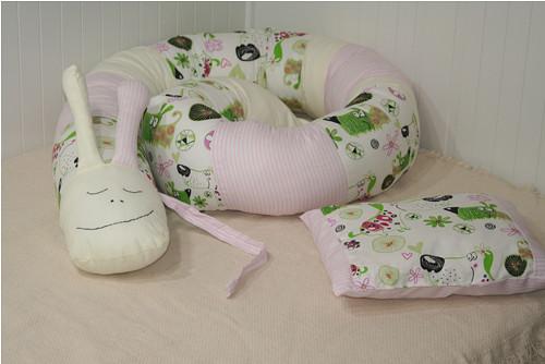 Textilní šnek- mantinel, hnízdečko...
