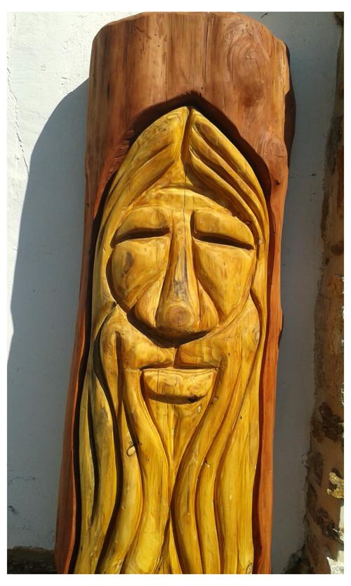 socha dřevěná venkovní dekorace
