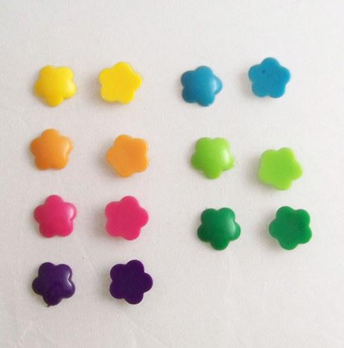 Akryl. čočka PASTEL kytka/ / žlutá/ 14mm/ 10ks