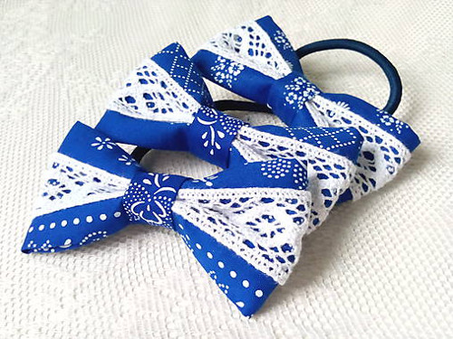 Folklore hair bows