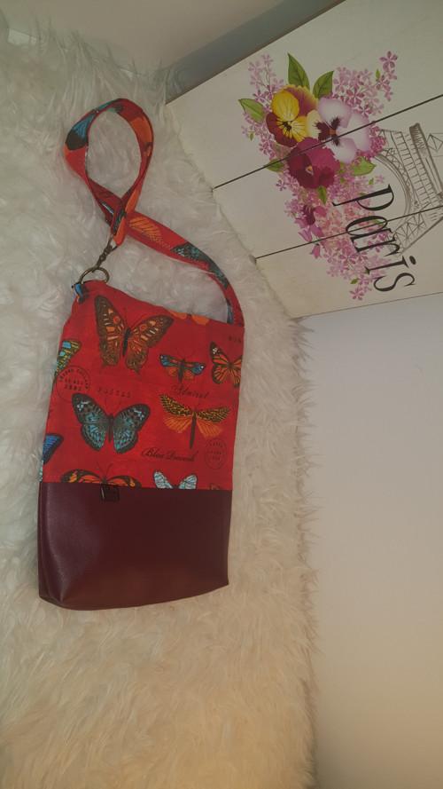 Motýlí dívčí kabelka crossbody (mini)