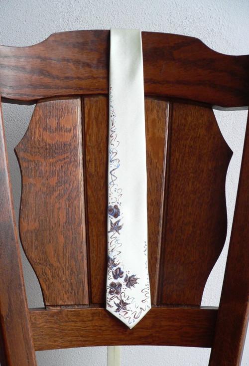 Smetanová ručně malovaná kravata
