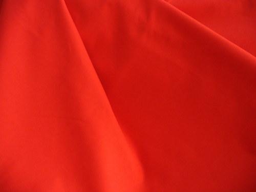 100 % jednofarebná bavlna červená