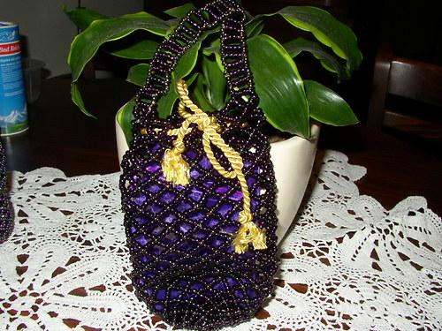 kabelka POMPADURKA celá z korálků