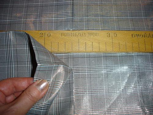 zlatostříbrná kostka zbytek 1m šíře 145cm
