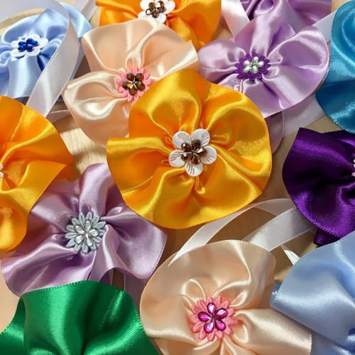 Kotiliony květiny - několik barevných variant