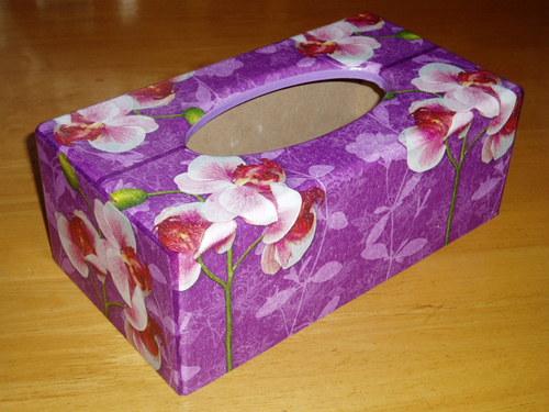 Krabička na kapesníky Orchidej na fialovém