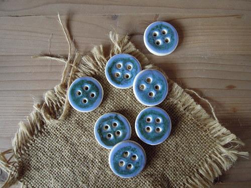 Knoflík modrozelená čtyřka