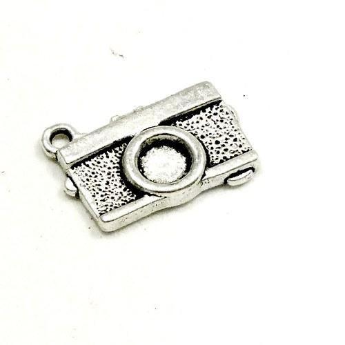 Přívěsek - fotoaparát stříbrný, 1 ks