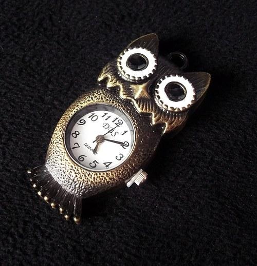 Vintage hodinky sova