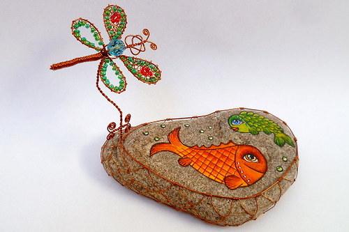 Rybníček se dvěma rybkami